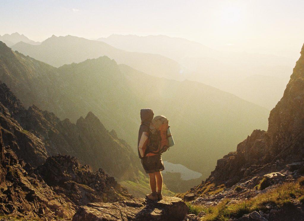 Cosa mettere nello zaino da escursionismo